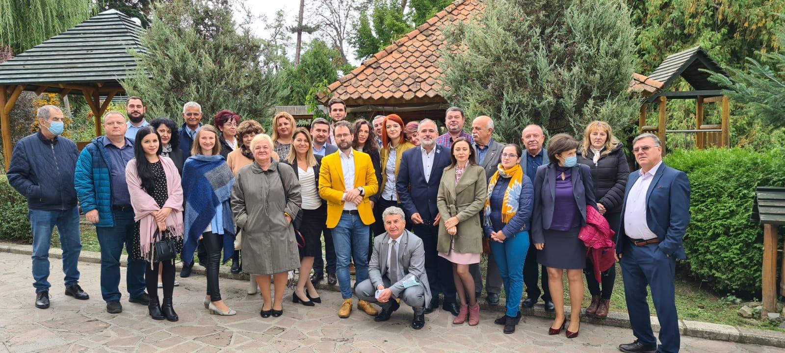 CONSORȚIUL INTER-BIO AL CLUSTERELOR AFILIATE SECTORULUI ORGANIC A DEVENIT ZONĂ TEMATICĂ NAȚIONALĂ ÎN MIȘCAREA CLUSTERELOR DIN ROMÂNIA